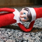 No-Sew and Cheap Way to Make Elf-on-the-Shelf Posable