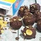 Frozen Banana-Chocolate Cereal Breakfast Balls