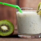 Coconut-Kiwi Breakfast Smoothie