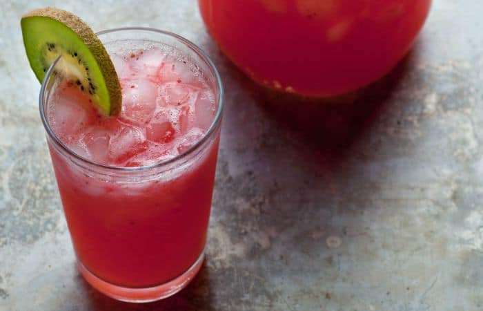 Easy Strawberry-Kiwi Limeade