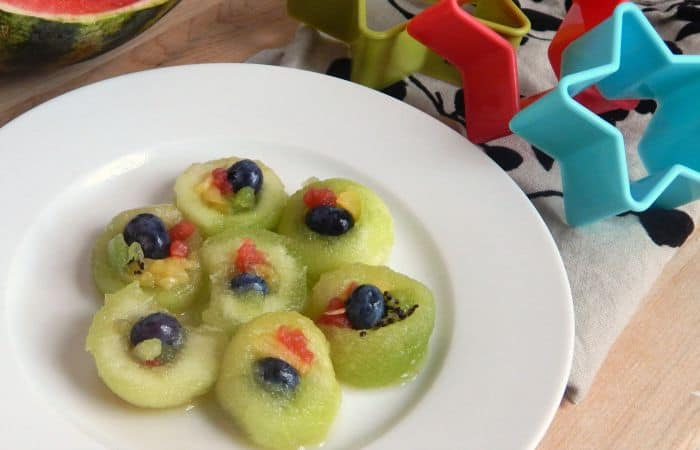easy idea for getting fruit into kids lunches feature