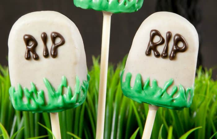cute cake pops shaped like tombstones feature