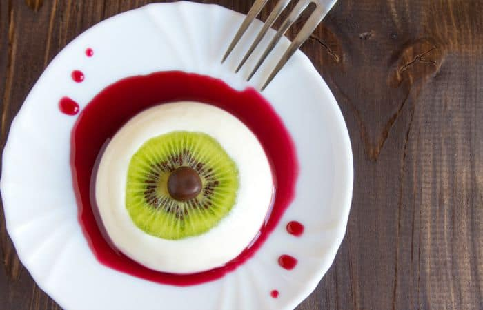 Bloody Eyeball Dessert – Vegan Panna Cotta {fancy word for pudding-ey stuff}