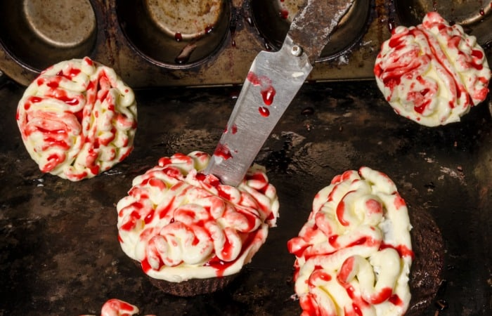 Creepy Brain Cupcakes {vegan}