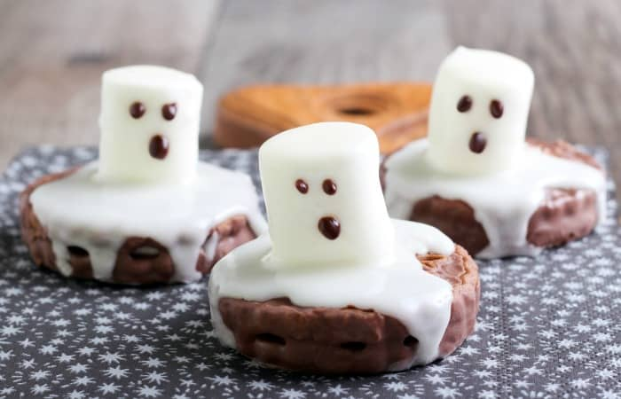 melted ghost cookies for halloween feature