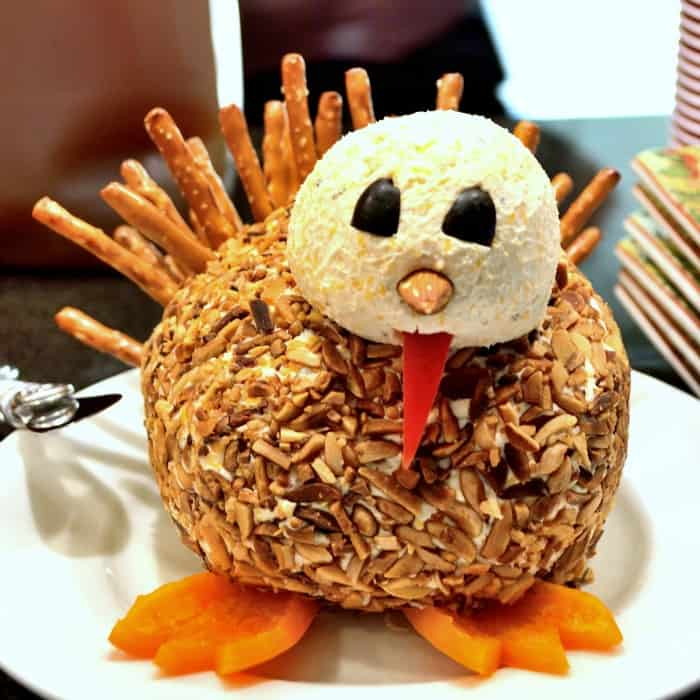Turkey Shaped Cheese Ball sq