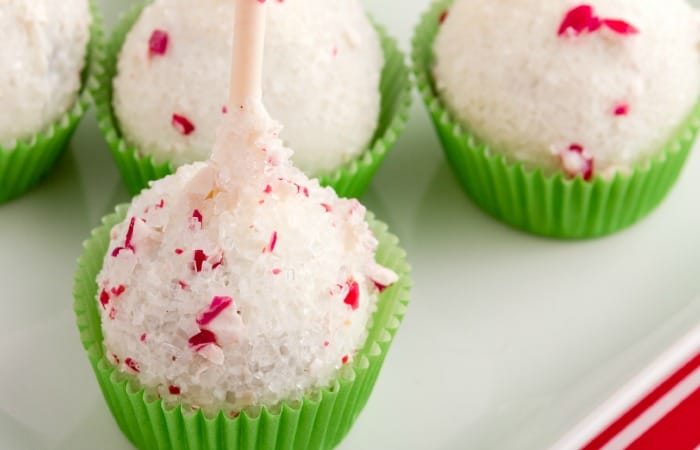 easy christmas cake pops without dairy feature