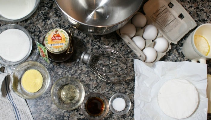 ingredients for honey pie and brie
