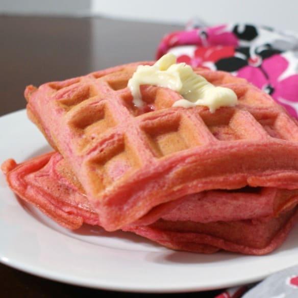 vegan strawberry waffle recipe sq