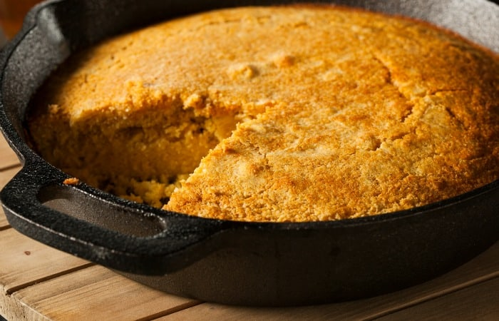 easy egg-free cornbread recipe feature