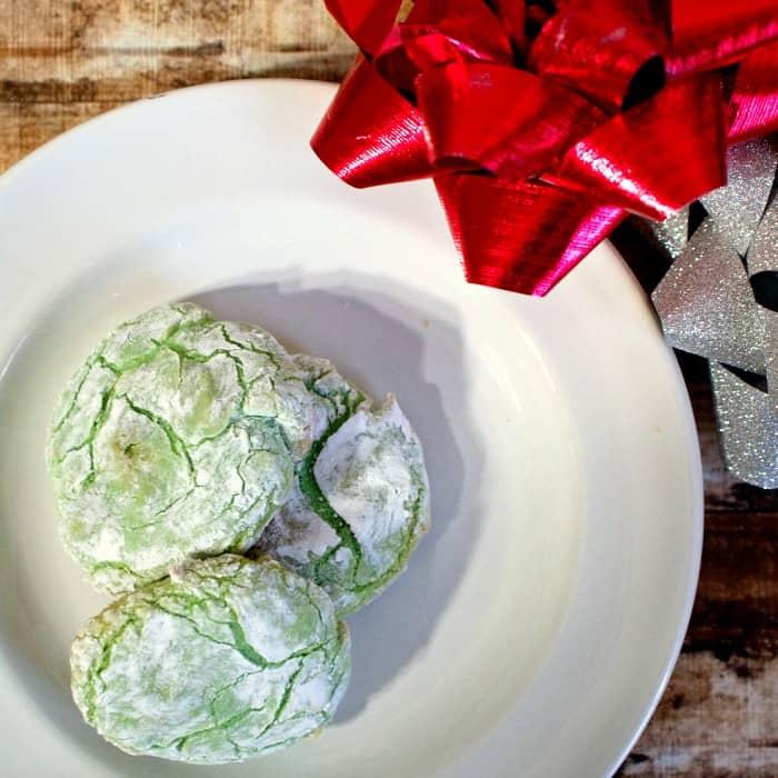 gluten-free vegan crinkle cookies sq