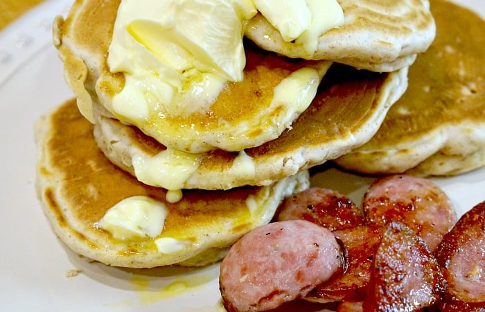 easy protein-packed pancake recipe feature