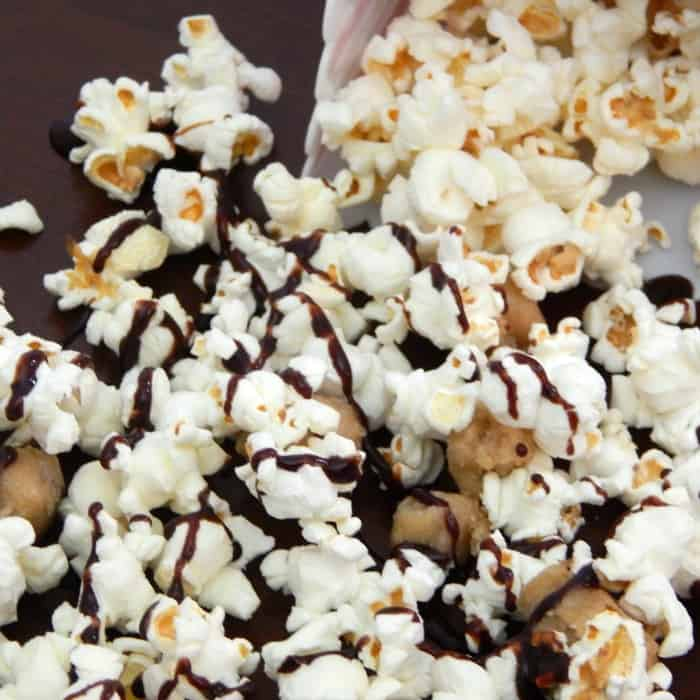 easy way to make popcorn sweet with cookie dough sq