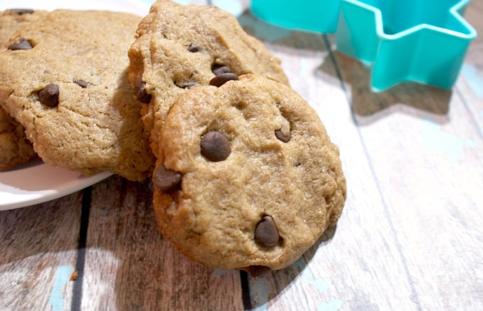 gluten-free and vegan chocolate chip cookies feature