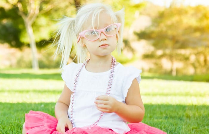 how introverted moms can deal with play dates feature