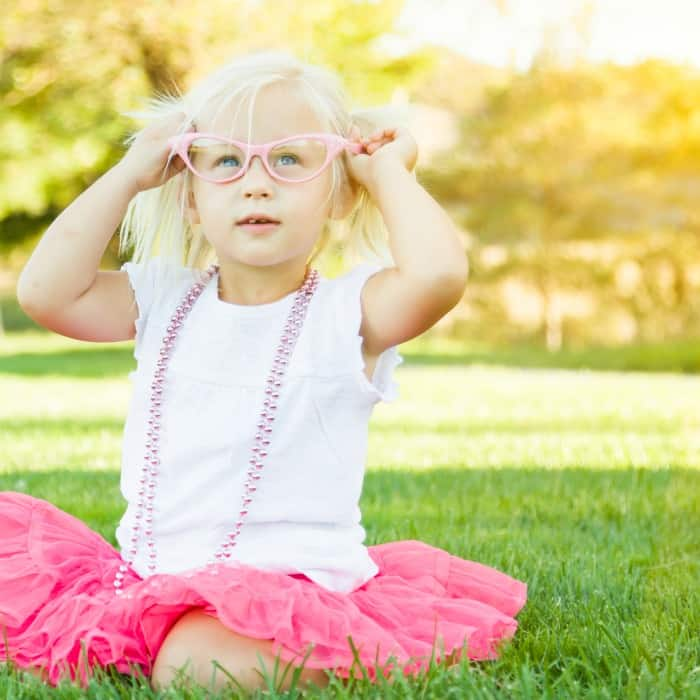 how to survive a playdate for introverted moms sq