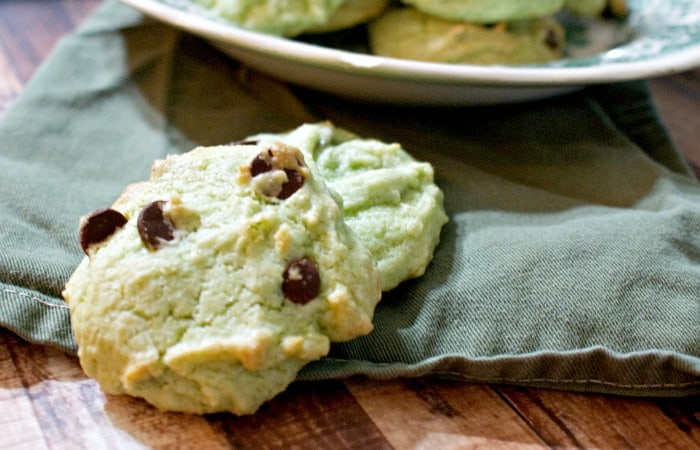 easy gluten-free mint chocolate chip cookies feature