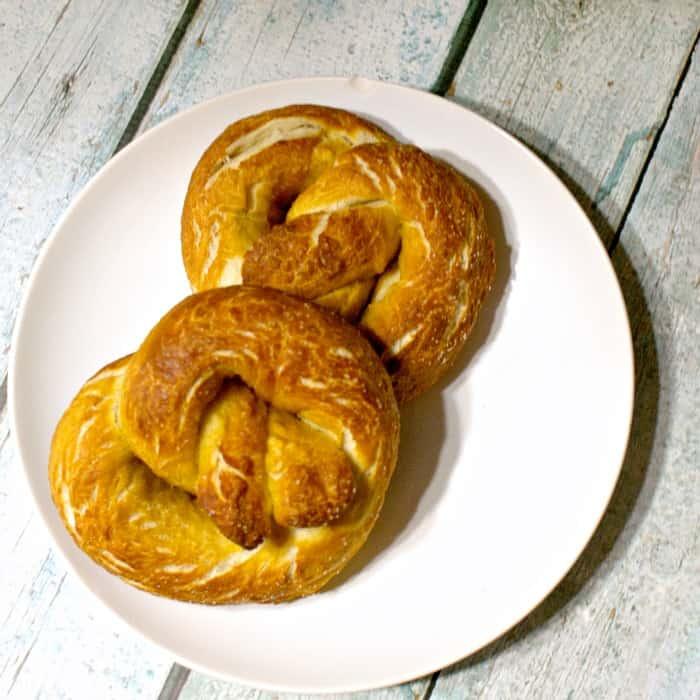 easy homemade vegan pretzel recipe sq