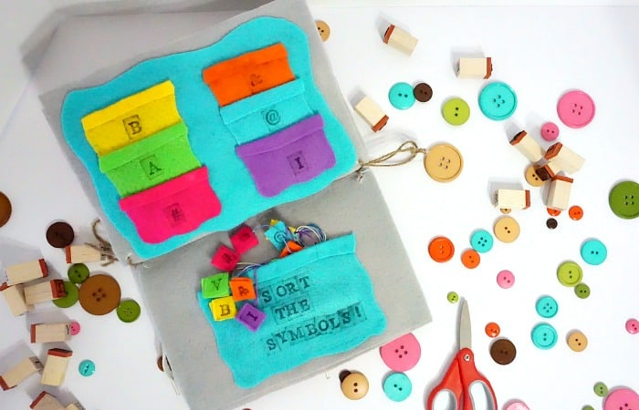 sorting game busy bag idea for babies
