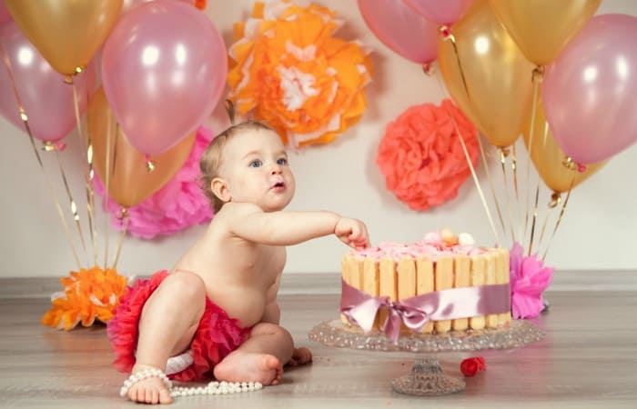 DIY cake smash pictures feature