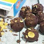 easy breakfast balls made with bananas and chocolate feature