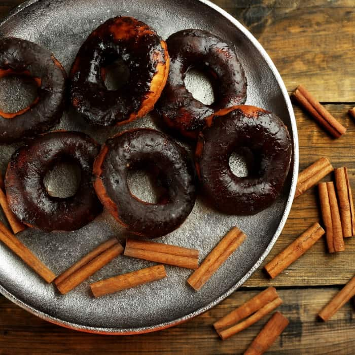 gluten-free donuts with cinnamon sq