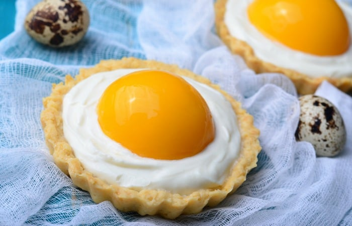 how to make Egg Yolk Peach Custard Tarts {Vegan and Gluten-Free} feature