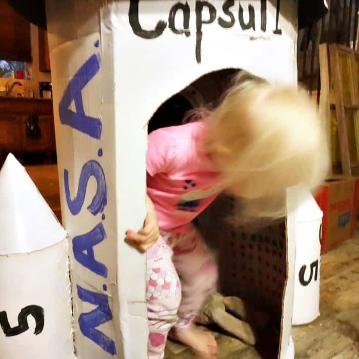 how to make a rocket ship out of cardboard for kids sq