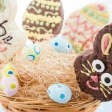 Nerdy Bunny Rice Krispie Treat Pops for Easter {GF & Vegan}
