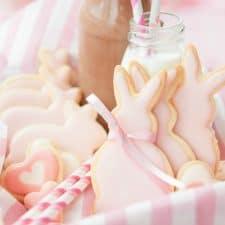 Strawberry Sugar Cookie Bunnies {Vegan}