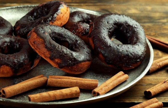 vegan cinnamon donut recipe feature