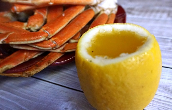 how to clarify butter for dipping crab legs feature