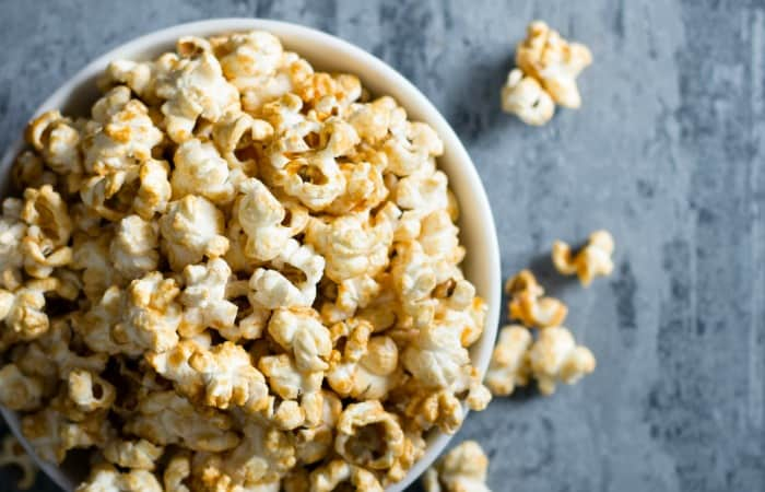 how to make caramel popcorn without dairy feature