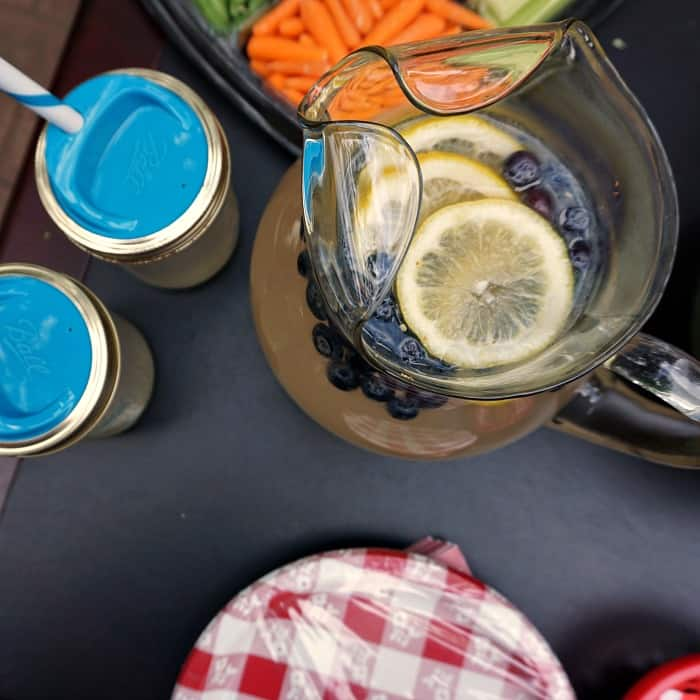 lemonade with blueberries sq