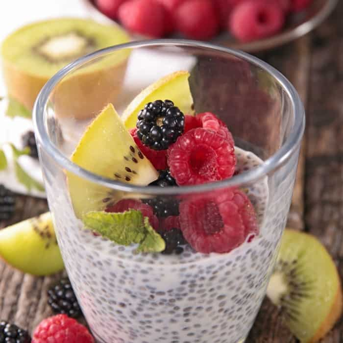 easy chia pudding breakfast idea with fruit sq