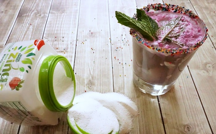 easy recipe for a cupcake-flavored mojito mocktail hero