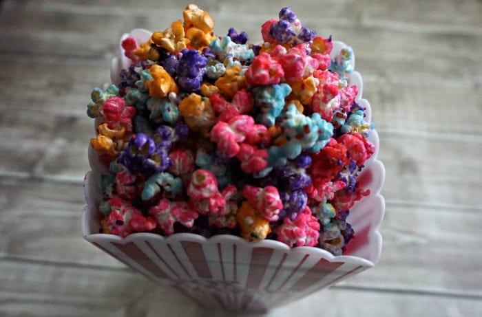 easy recipe for colored popcorn random