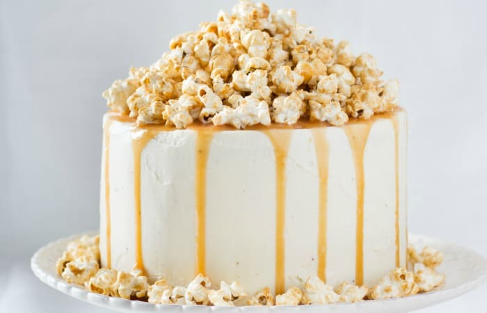 easy recipe for vegan chocolate cake with caramel popcorn feature
