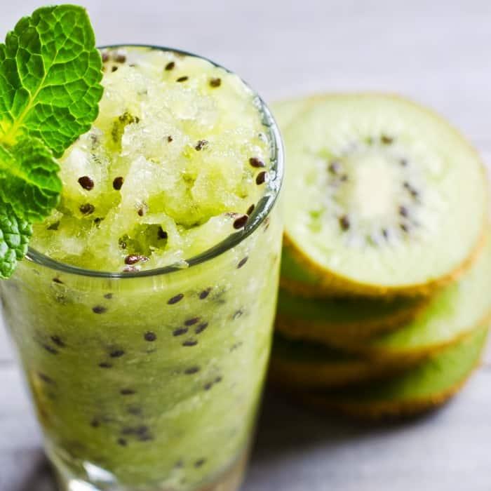 easy slushie with kiwi fruit sq