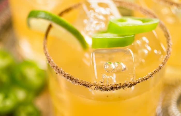 how to make a margarita with jalapeno feature