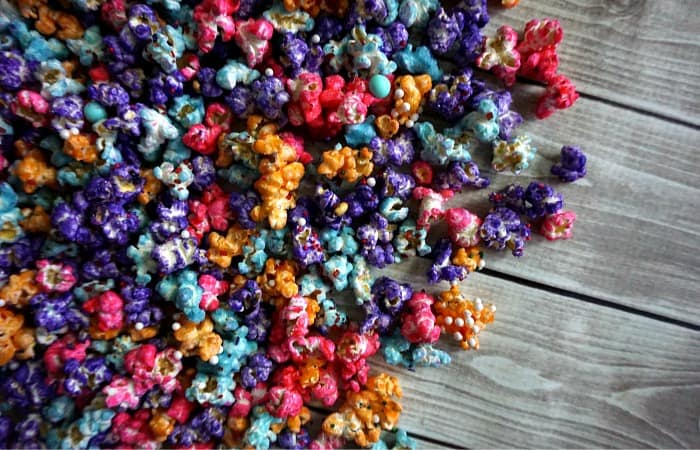 how to make colored popcorn at home feature