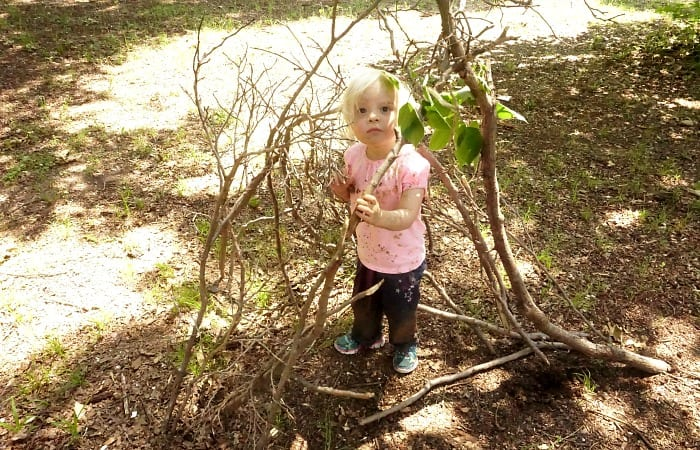 how to teach your child engineering through simple outdoor activity feature