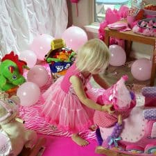 How to Throw an Easy Rocking Princess Party