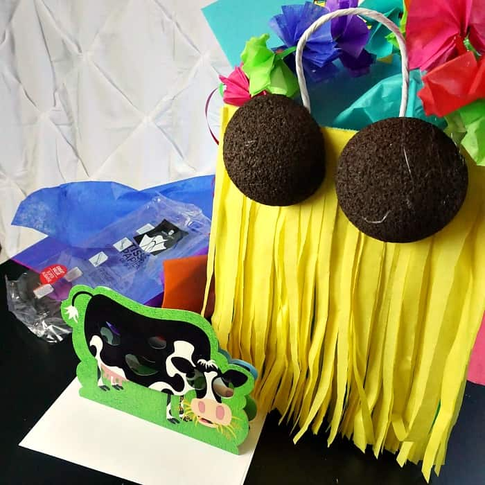gift bag for luau party sq