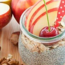 Easy Apple Pie Chia Pudding