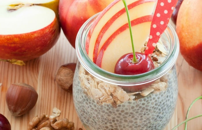 how to make a pudding from chia that has granola, apples and tastes like apple pie fea