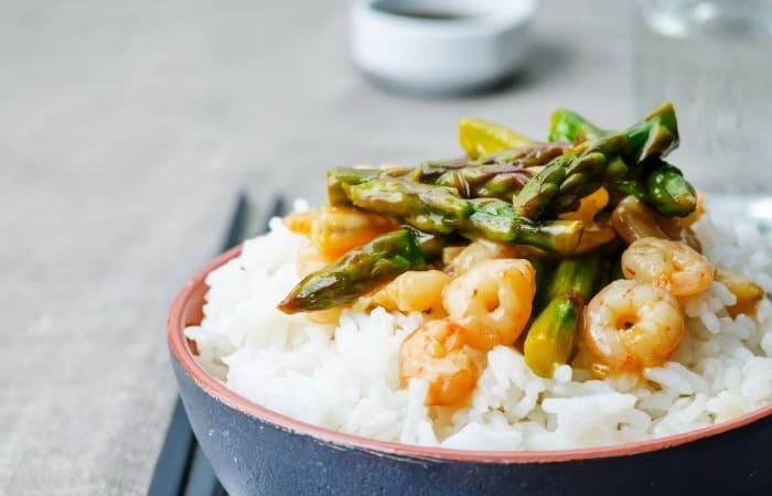 easy gluten-free stir fry with shrimp fea