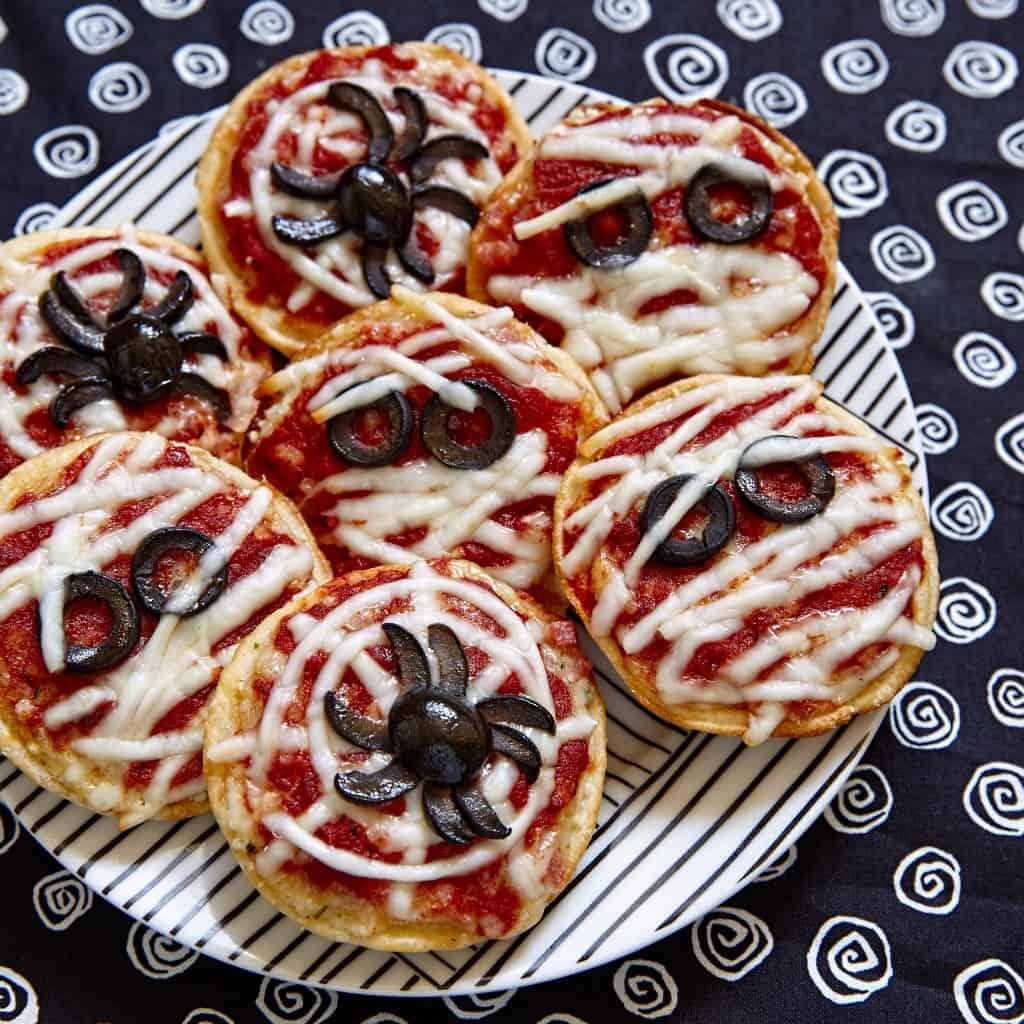 easy spider pizza bites sq