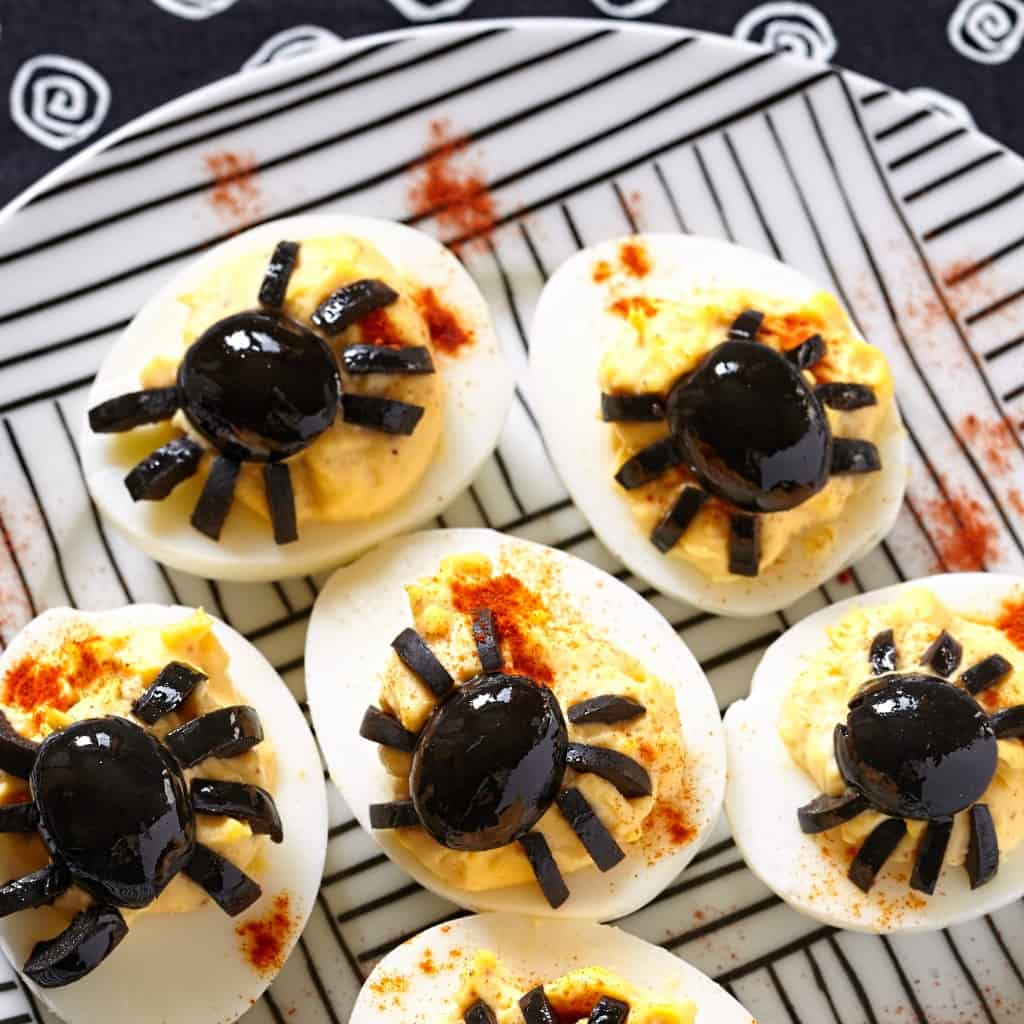 how to make spider deviled eggs for a halloween party sq
