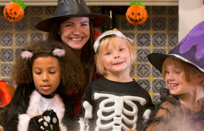 Every parent needs to know these Trick Or Treat safety tips.